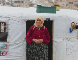 ما هو أثر زكاتك على العائلات اللاجئة هذا الشتاء؟ إليك قصة العمة شكيبة.