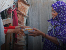 Hanan, Displaced Yemeni: Are my children going to eat the next day?